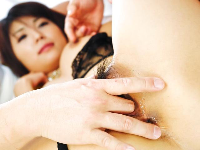 Azumi Harusaki - Double load in mouth for Azumi Harusaki after hard sex - Picture 6