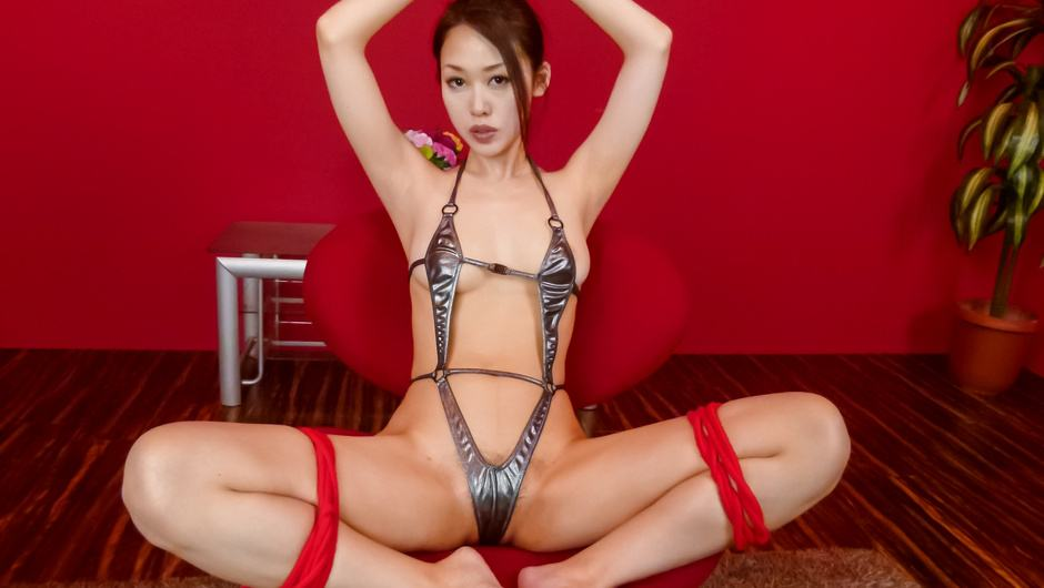 Phim Sex An Yabuki gives a japanese blowjob to two guys while in bondage