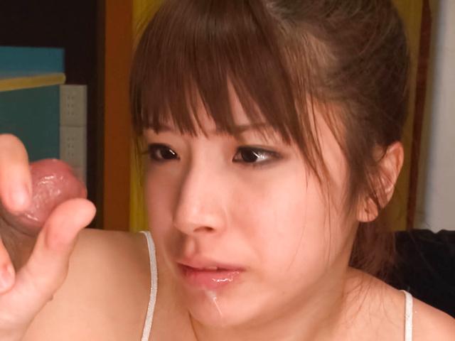 橘ひなた - グループフェラ、ザーメンゴックン大好き! - Picture 4