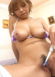 Sumire Matsu teases clit with tooth brush and puts vibrator in it