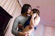 Megumi Shino - 角质青少年惠四野给亚洲口交和需要他妈的 - 图片 2